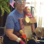 Dina WOW's the audience with her patriotic washboard