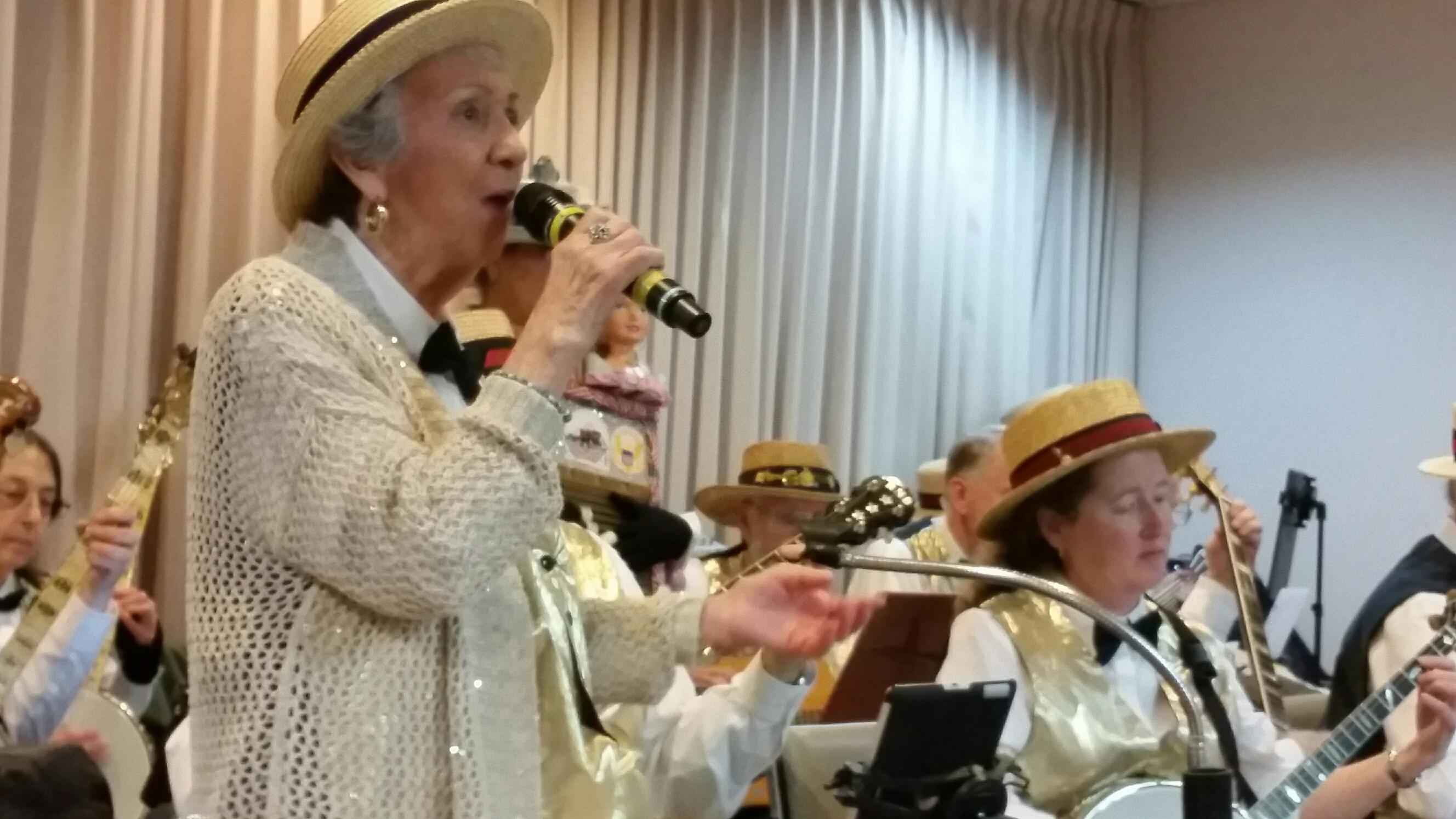 East Bay Banjo Club | Over 50 Years of Jazz Banjo